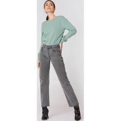 Swetry damskie: NA-KD Basic Sweter z głębokim dekoltem z tyłu - Green