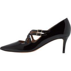 Pura Lopez Czółenka black. Czarne buty ślubne damskie Pura Lopez, z materiału. Za 1019,00 zł.