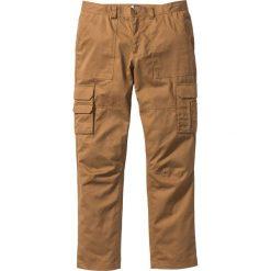 """Spodnie """"bojówki"""" z powłoką z teflonu Regular Fit Straight bonprix koniakowy. Brązowe bojówki męskie bonprix. Za 119,99 zł."""