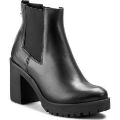 Botki KARINO - 1902/076-F Czarny. Fioletowe buty zimowe damskie marki Karino, ze skóry. W wyprzedaży za 229,00 zł.