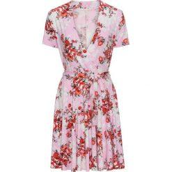 Sukienka z założeniem kopertowym bonprix jasnoróżowy w kwiaty. Czerwone sukienki z falbanami bonprix, w kwiaty, z kopertowym dekoltem, kopertowe. Za 109,99 zł.