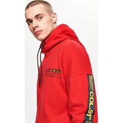 Bejsbolówki męskie: Bluza o kroju comfort - Czerwony