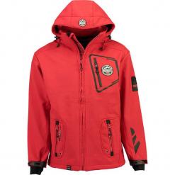"""Kurtka softshellowa """"Tacebook"""" w kolorze czerwonym. Niebieskie kurtki męskie marki GALVANNI, l, z okrągłym kołnierzem. W wyprzedaży za 295,95 zł."""