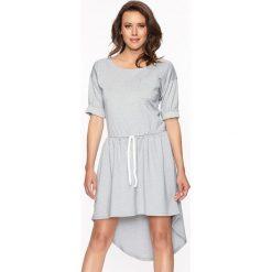 Sukienki asymetryczne: Sukienka w kolorze szarym