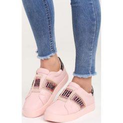 Różowe Buty Sportowe Call My Name. Czerwone buty sportowe damskie marki KALENJI, z gumy. Za 79,99 zł.