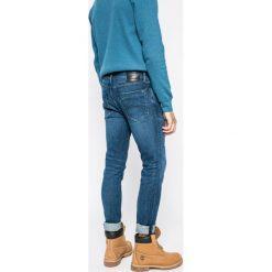 Tommy Jeans - Jeansy Steve. Niebieskie jeansy męskie slim marki House, z jeansu. W wyprzedaży za 299,90 zł.