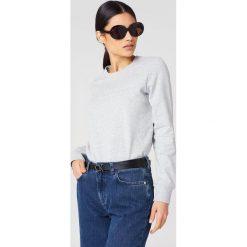 Calvin Klein Bluza Halia Institutional Crew Neck - Grey. Szare bluzy damskie Calvin Klein, z dzianiny. Za 364,95 zł.