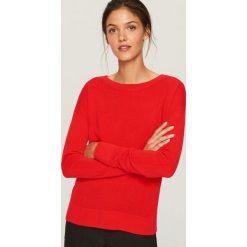 Sweter z wiązaniem z tyłu - Czerwony. Białe swetry klasyczne damskie marki Reserved, l, z dzianiny. Za 79,99 zł.