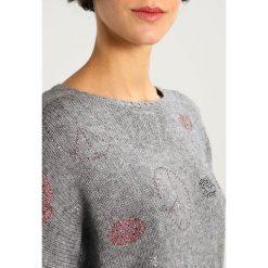 Swetry klasyczne damskie: Princess goes Hollywood Sweter shark skin