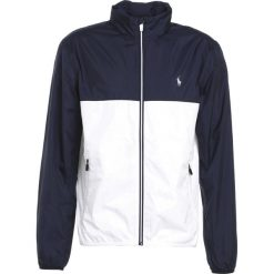 Polo Ralph Lauren Golf COATED POLY TAFFETA Kurtka Outdoor french navy/pure. Niebieskie kurtki sportowe męskie marki Polo Ralph Lauren Golf, m, z materiału, na golfa. W wyprzedaży za 479,20 zł.