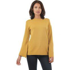 Sweter w kolorze żółtym. Żółte swetry klasyczne damskie marki L'étoile du cachemire, z kaszmiru. W wyprzedaży za 129,95 zł.