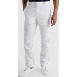 Spodnie męskie: Maharishi ORIGINAL SNOPANTS STRAIGHT FIT Spodnie materiałowe white