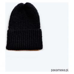 Czarna klasyczna czapka, 100% wełny merino. Czarne czapki zimowe damskie Pakamera, z wełny. Za 150,00 zł.