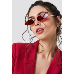 Okulary przeciwsłoneczne damskie: NA-KD Trend Okulary przeciwsłoneczne z mostkiem – Red