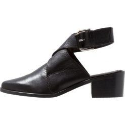 L'INTERVALLE VISTA Ankle boot black. Czarne botki damskie na zamek L'INTERVALLE, z materiału. Za 459,00 zł.