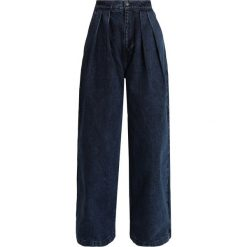 Levi's® Made & Crafted PASSENGER PANT Jeansy Straight Leg dark blue denim. Niebieskie jeansy damskie Levi's® Made & Crafted. Za 499,00 zł.