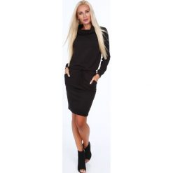 Sukienki: Sukienka z golfem czarna 4012