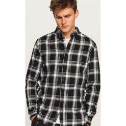Koszula w kratę regular fit - Czarny. Czarne koszule męskie Reserved, l. Za 99,99 zł.