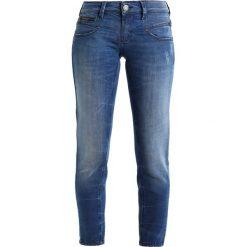 Freeman T. Porter ALEXA CROPPED Jeansy Slim Fit nego. Niebieskie jeansy damskie marki Freeman T. Porter. W wyprzedaży za 367,20 zł.