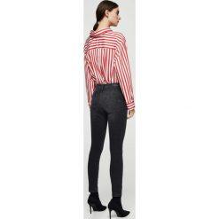 Mango - Jeansy Irina. Szare jeansy damskie marki Mango, l, z dzianiny. W wyprzedaży za 99,90 zł.