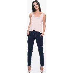 Bryczesy damskie: Granatowe Dresowe Spodnie z Lampasami
