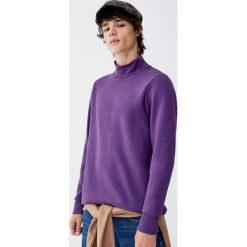 Bluza basic z półgolfem. Fioletowe bluzy męskie rozpinane marki Reserved, l, z bawełny. Za 69,90 zł.
