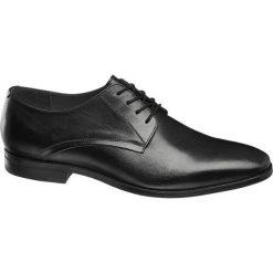Eleganckie buty męskie AM SHOE czarne. Czarne buty wizytowe męskie AM SHOE, z gumy, na sznurówki. Za 179,90 zł.
