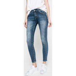 Answear - Jeansy. Niebieskie jeansy damskie rurki marki ANSWEAR. W wyprzedaży za 129,90 zł.