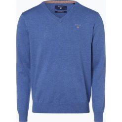 Gant - Sweter męski, niebieski. Niebieskie swetry klasyczne męskie GANT, l, z haftami, z bawełny, z dekoltem w serek. Za 449,95 zł.