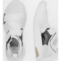 Buty do biegania damskie: adidas by Stella McCartney ULTRA BOOST X Obuwie do biegania treningowe white