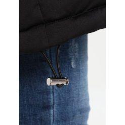 Opus HORTENSE Płaszcz puchowy black. Czarne płaszcze damskie pastelowe Opus, z materiału. W wyprzedaży za 417,45 zł.