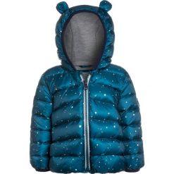 GAP BABY Kurtka puchowa polar blue. Niebieskie kurtki chłopięce przeciwdeszczowe GAP, na zimę, z materiału. W wyprzedaży za 199,20 zł.