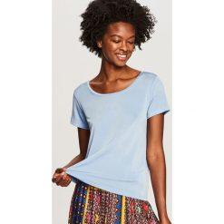 Gładki t-shirt - Niebieski. Niebieskie t-shirty damskie Reserved, l. W wyprzedaży za 34,99 zł.