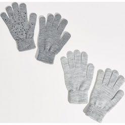 Rękawiczki - Jasny szar. Szare rękawiczki damskie Sinsay. Za 14,99 zł.