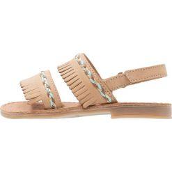 Shoo Pom HAPPY INCA Sandały naturel. Brązowe sandały chłopięce Shoo Pom, z materiału, z otwartym noskiem. W wyprzedaży za 149,50 zł.