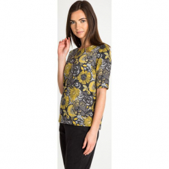 Szara bluzka w żółte kwiaty QUIOSQUE. Szare bluzki longsleeves QUIOSQUE, w kwiaty, z tkaniny, z dekoltem w łódkę. Za 139,99 zł.