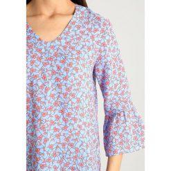 Bluzki asymetryczne: GANT LINKED FLORAL Bluzka capri blue