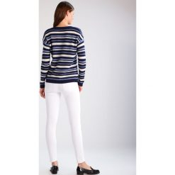 Boyfriendy damskie: Sisley Jeansy Slim Fit white