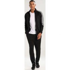 Spodnie dresowe męskie: Your Turn Active Dres jet black
