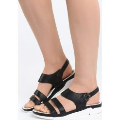 Czarne Sandały Your Life. Czarne sandały damskie marki Born2be, z materiału, na obcasie. Za 79,99 zł.