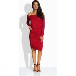 Bordowa Sukienka Drapowana z Szerokim Dekoltem. Czerwone sukienki balowe Molly.pl, na imprezę, m, w jednolite wzory, z tkaniny. Za 99,90 zł.