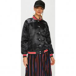 Calvin Klein Jeans - Kurtka. Czarne bomberki damskie Calvin Klein Jeans, l, z jeansu. Za 699,90 zł.