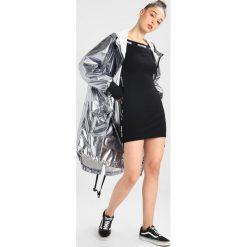 Ivy Park PARA Parka silver. Czarne kurtki sportowe damskie marki Strategia. W wyprzedaży za 449,65 zł.