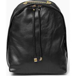 Plecaki damskie: Skórzany czarny plecak CARMEN Vera Pelle