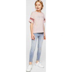 Mango Kids - Top dziecięcy Forever 116-164 cm. Szare bluzki dziewczęce bawełniane Mango Kids, z nadrukiem, z okrągłym kołnierzem, z krótkim rękawem. Za 59,90 zł.