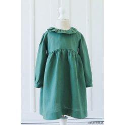 Lniana sukienka wykończona falbanką/zieleń. Zielone sukienki dziewczęce z falbanami Pakamera. Za 189,00 zł.