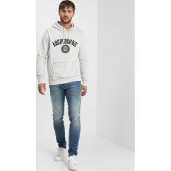 Abercrombie & Fitch CORE LOGO POPOVER Bluza z kapturem heather grey. Szare bluzy męskie rozpinane Abercrombie & Fitch, l, z bawełny, z kapturem. Za 349,00 zł.