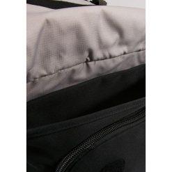 Crumpler CHRONICLER Torba na ramię black. Czarne torby na ramię męskie Crumpler. Za 459,00 zł.