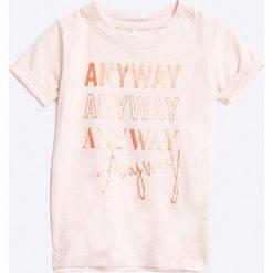 Name it - Top dziecięcy 122-164 cm. Szare bluzki dziewczęce marki Name it, z nadrukiem, z bawełny, z okrągłym kołnierzem. W wyprzedaży za 19,90 zł.