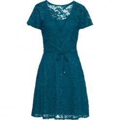Sukienka koronkowa bonprix niebieskozielony morski. Zielone sukienki koronkowe bonprix, z kopertowym dekoltem, kopertowe. Za 149,99 zł.